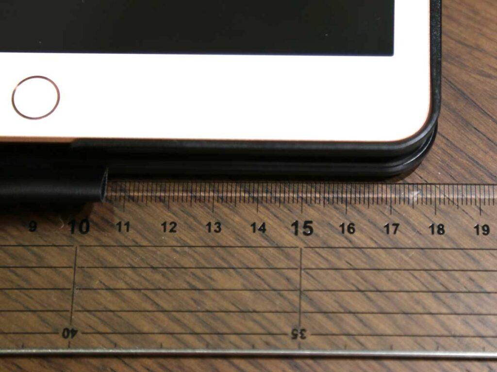 iPad 10.2 キーボード ケース第7世代2019モデル Bluetoothキーボードカバー343 DIY/七色バックライト付き オートスリープ機能 ペンシルホルダー付き ワイヤレス 一体型脱着式スマート軽量ケースキーボード [ iPad 10.2/iPad Air3/Pro 10.5(2017)兼用] キーボードの奥行18cm。膝の上でも打ち込めます